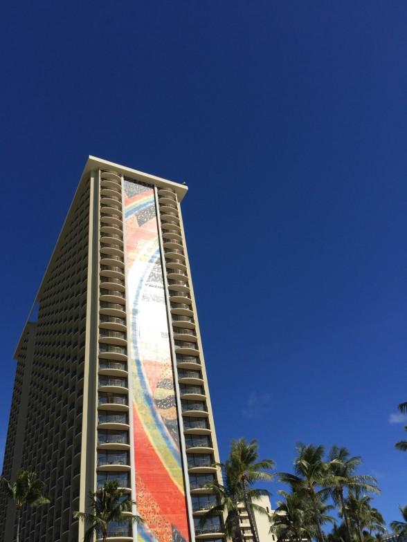 ヒルトンホテル 外観と空