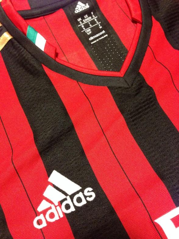 ACミラン 本田圭佑ユニフォーム adidasロゴ・イタリアマーク