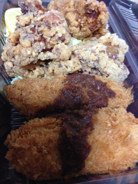 昼のお弁当 から揚げ・カニクリームコロッケ・キャベツ