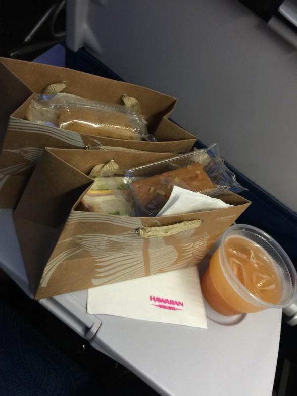 ハワイアン航空 サンドイッチ