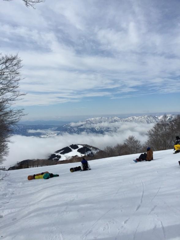 雪山からの眺め
