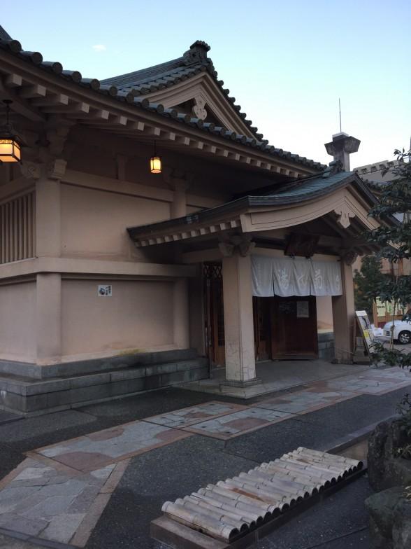 山中温泉建物