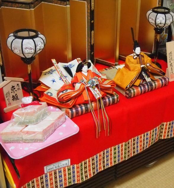 3月3日雛祭りは安藤人形店さんの雛人形でお祝い【参考価格・値段】